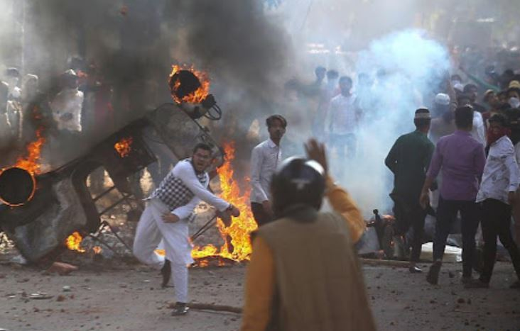 27 dead, over 200 injured in Indian capital violence
