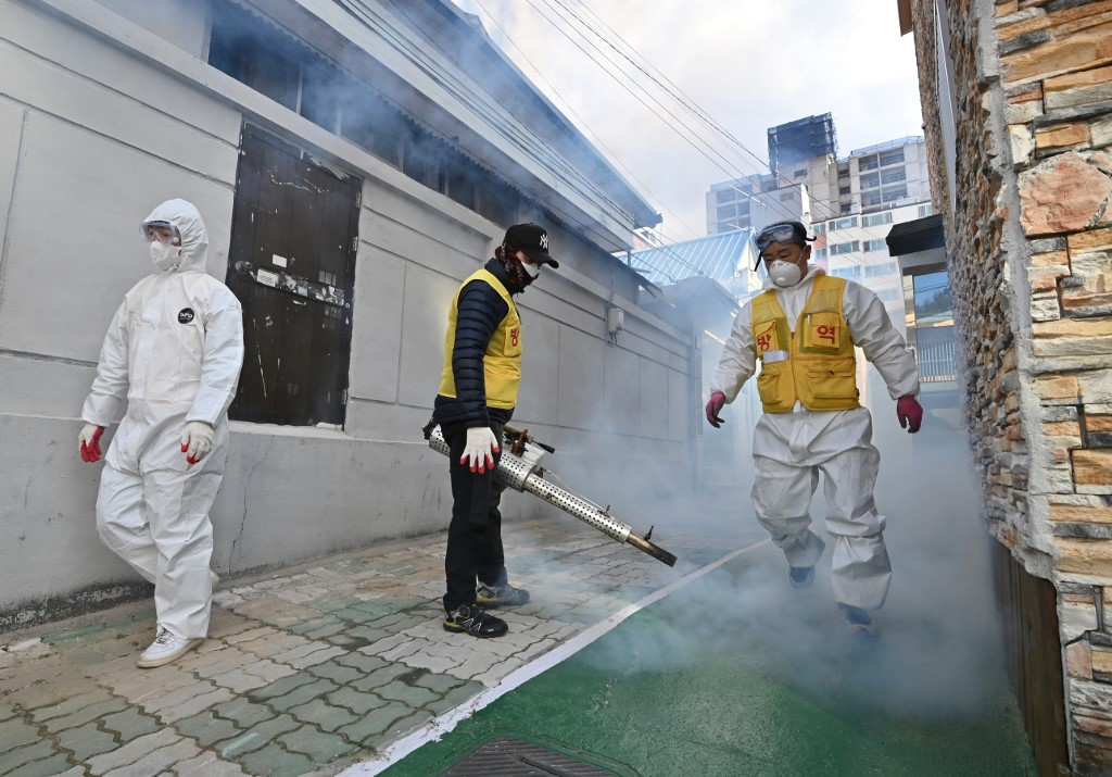 S.Korea confirms 505 more cases of COVID-19, 1,766 in total