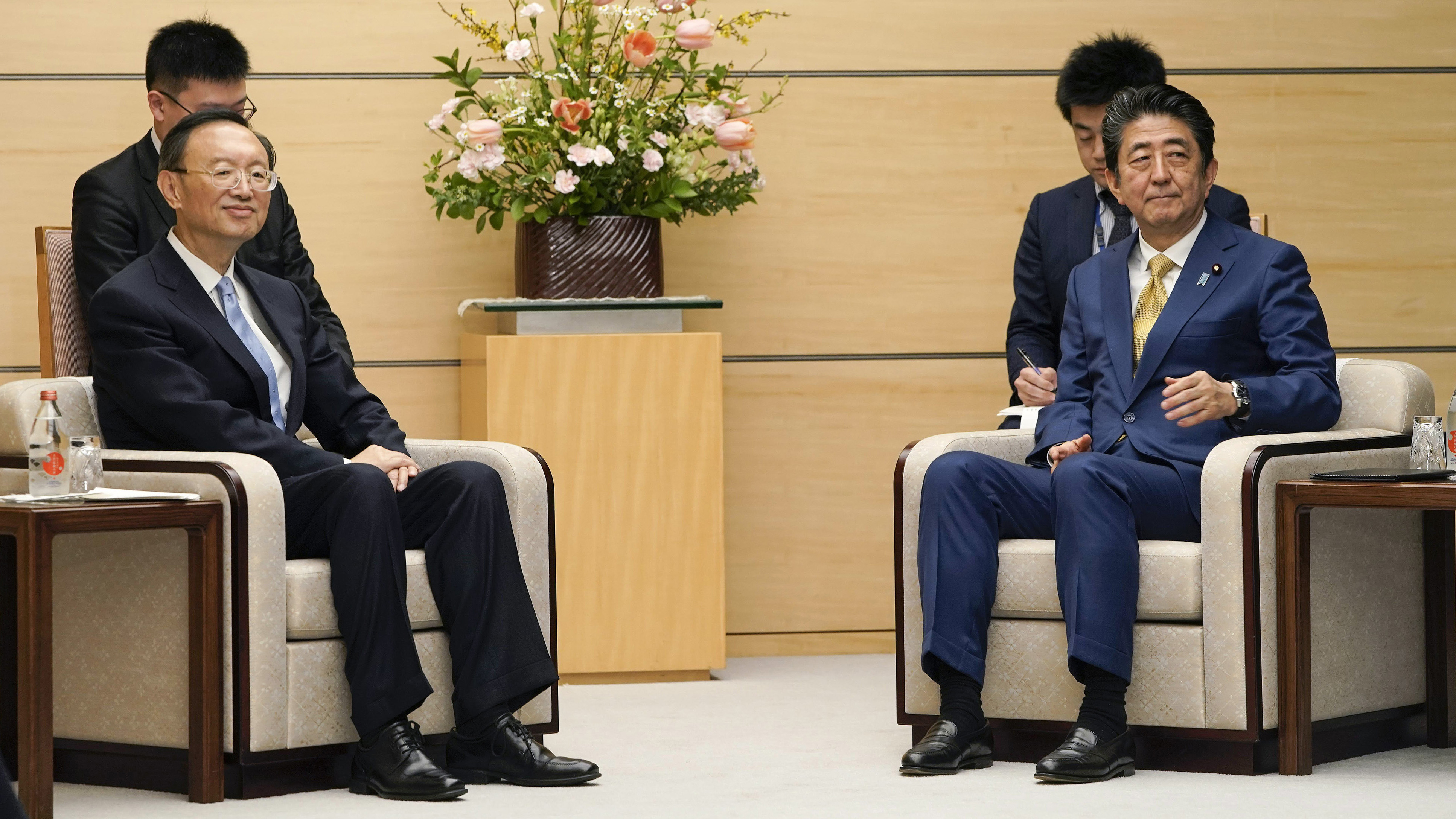 China will remain communication with Japan on Xi's visit to Japan