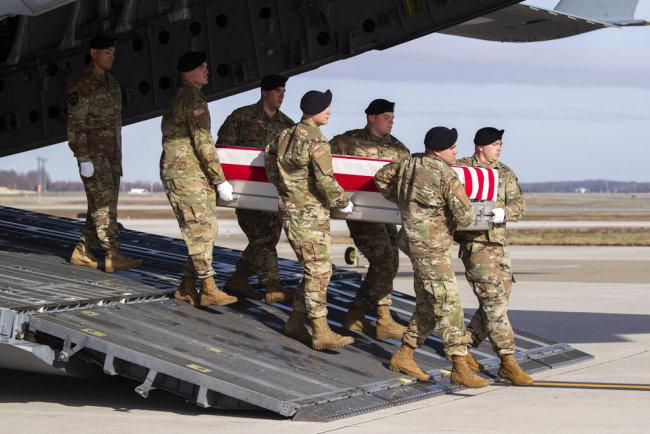 'Let's go home': Afghan war vets torn on US-Taliban deal