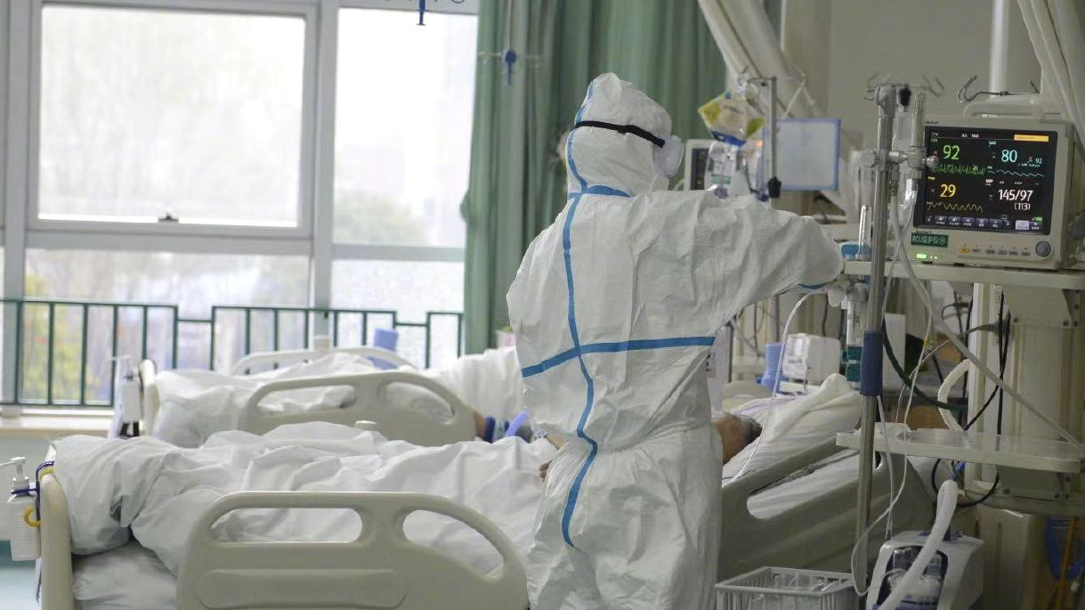 China's daily new confirmed, suspected COVID-19 cases on decline