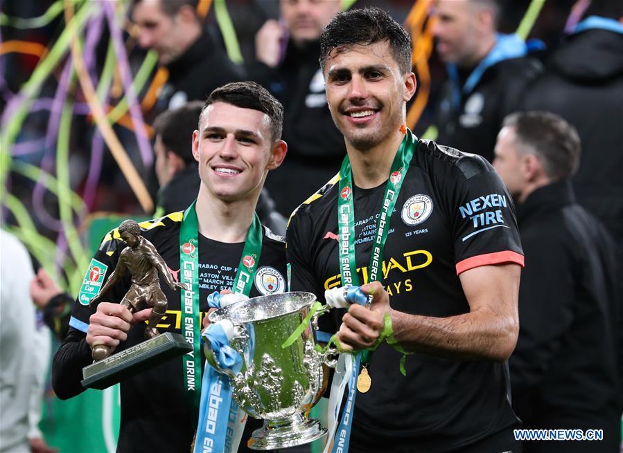 Man City win third straight Carabao Cup