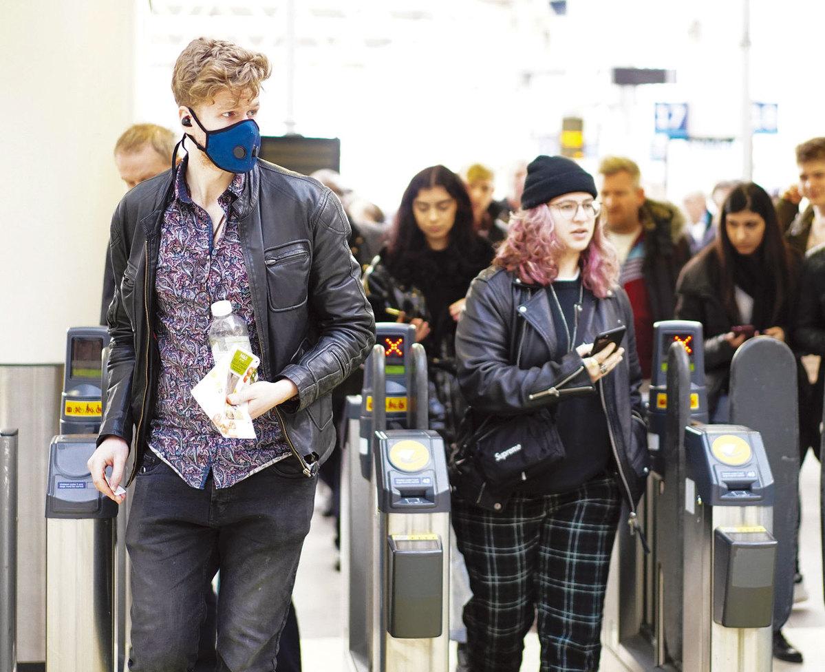 UK may recall retired doctors in virus fight