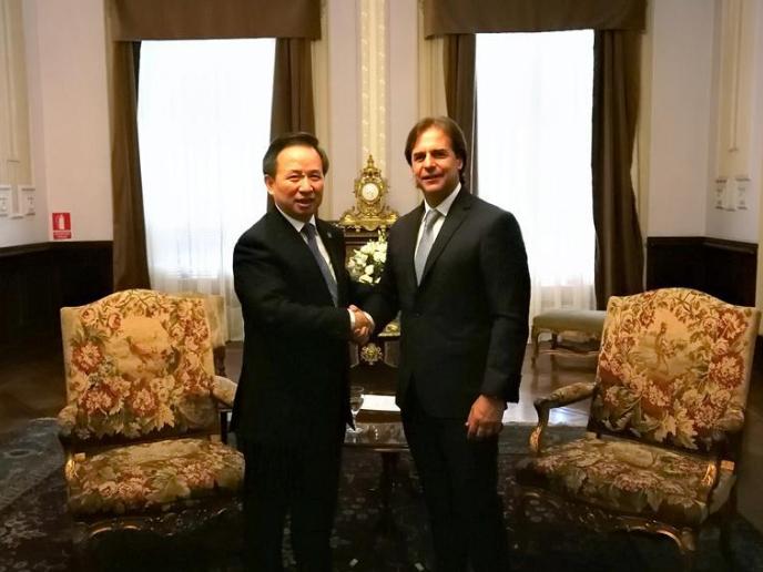 Xi's special envoy attends Uruguayan presidency handover ceremony