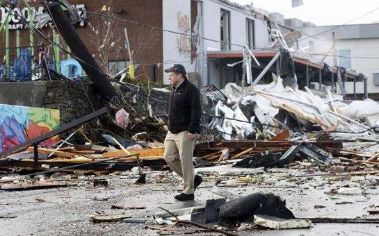 At least 22 killed in Tennessee tornadoes