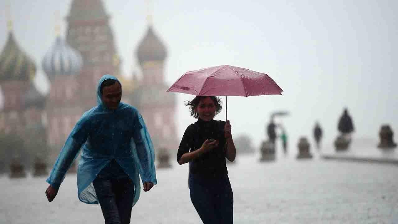 Hailstones, whirlwinds kill 4, injured 17 in northern Vietnam