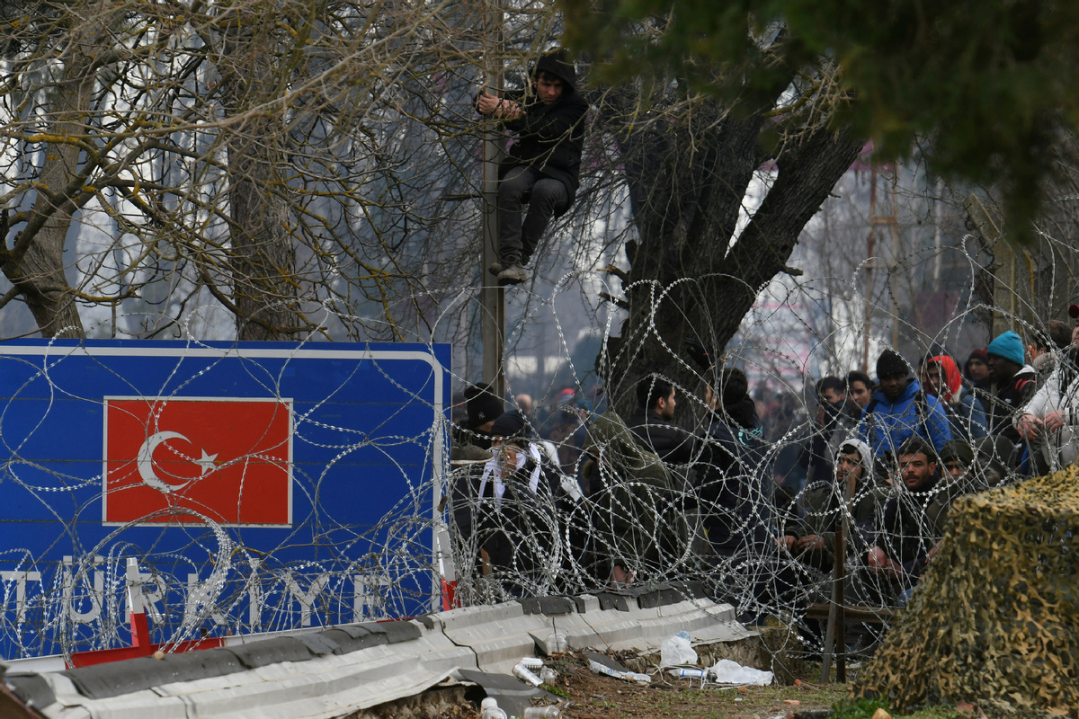 Europe set to help Greece protect its border