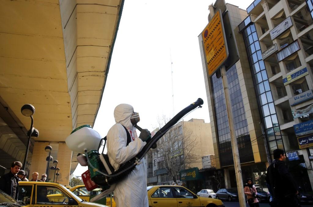 Iran reports 17 new coronavirus deaths, 124 in total