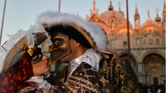 Virus fears prompt Italy to ban kisses, handshakes