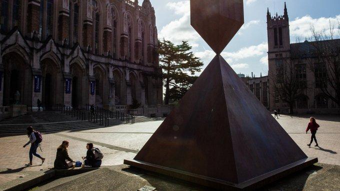 US university halts in-person classes over larger spread of coronavirus