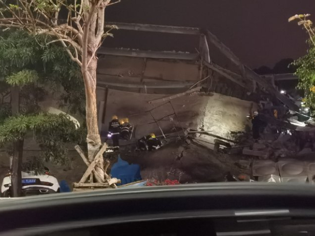 28 rescued after hotel collapse in east China