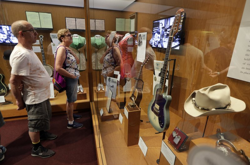 NRA firearms auction at country museum nixed