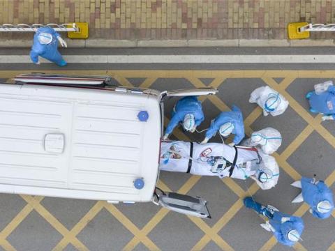 Medical workers race against time on fight against novel coronavirus epidemic