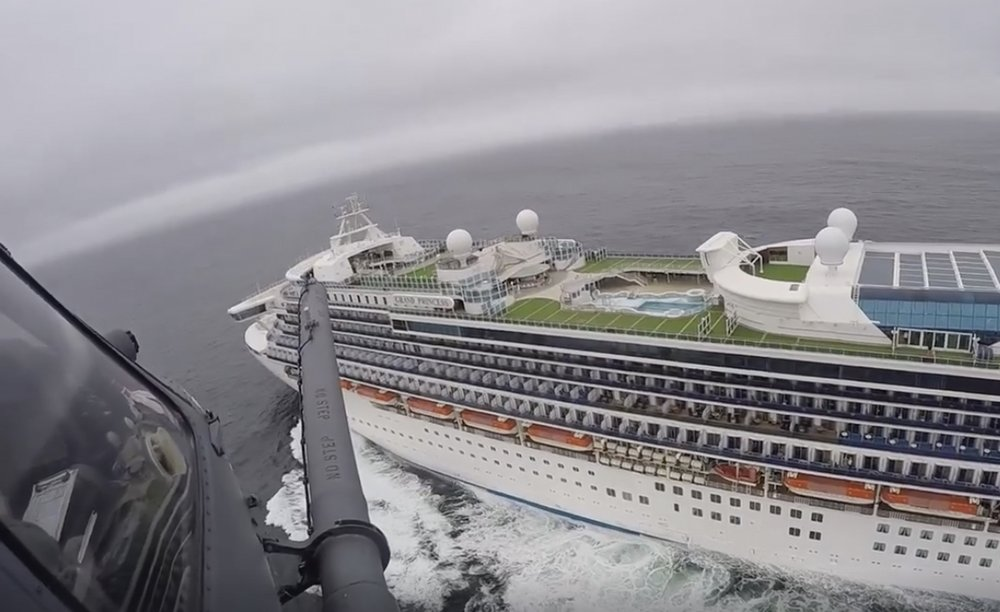 Experts: Cruise ships no place for a coronavirus quarantine