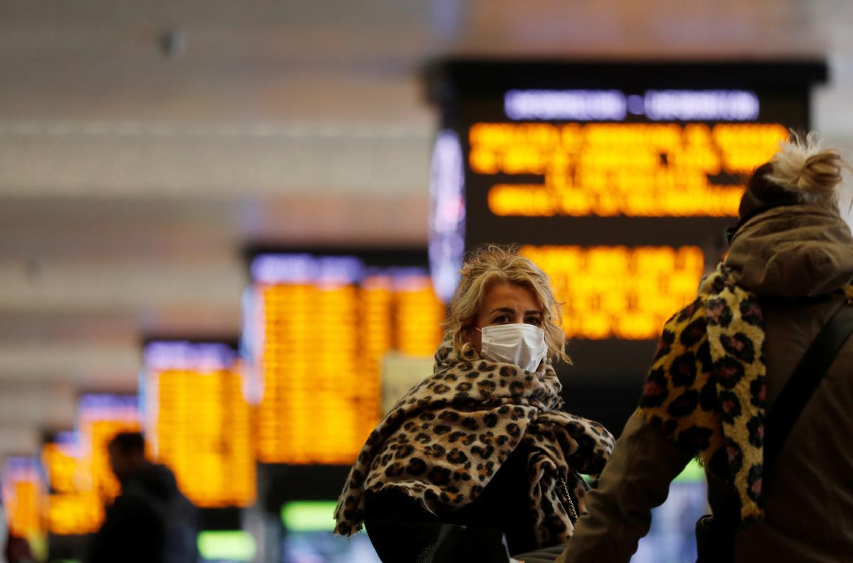Milan, Venice locked down as virus rages