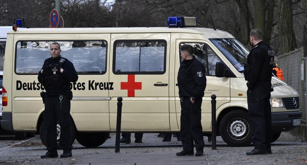 German hospital creates drive-through for coronavirus tests