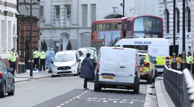 UK police shoot knife-wielding man dead in London