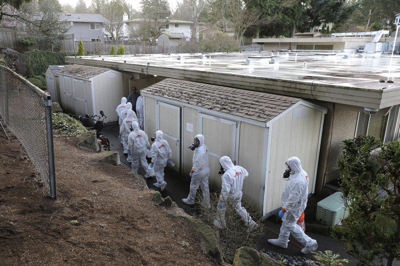 Washington state bans big events amid rising virus deaths