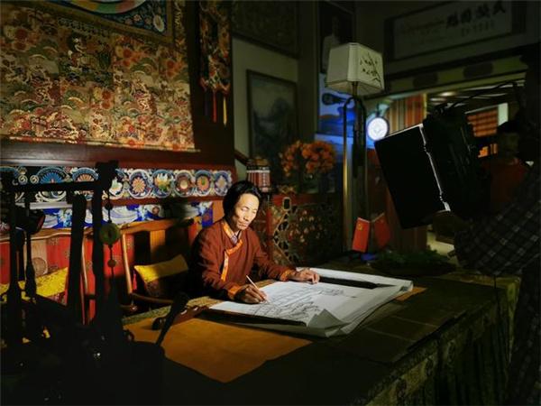 Tibetan artist promotes art, harmony in community