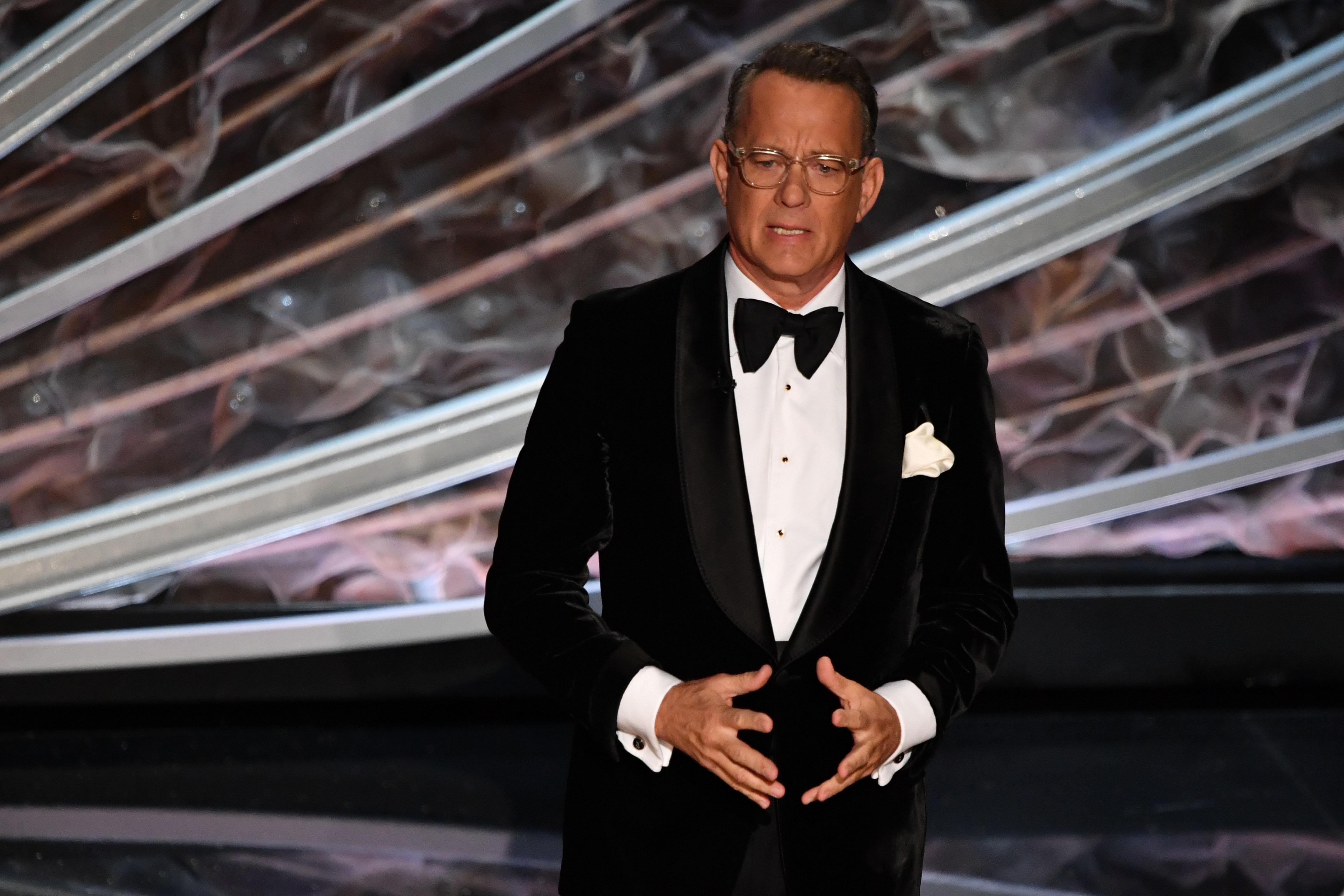 Tom Hanks announces positive test for coronavirus