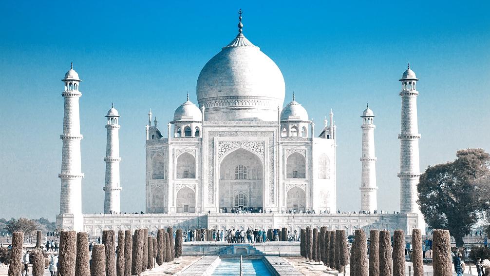 India suspends tourist visas until April 15 amid COVID-19 fears