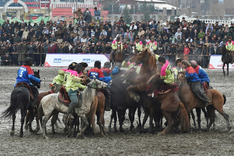 Afghanistan's first buzkashi league gets roaring reception