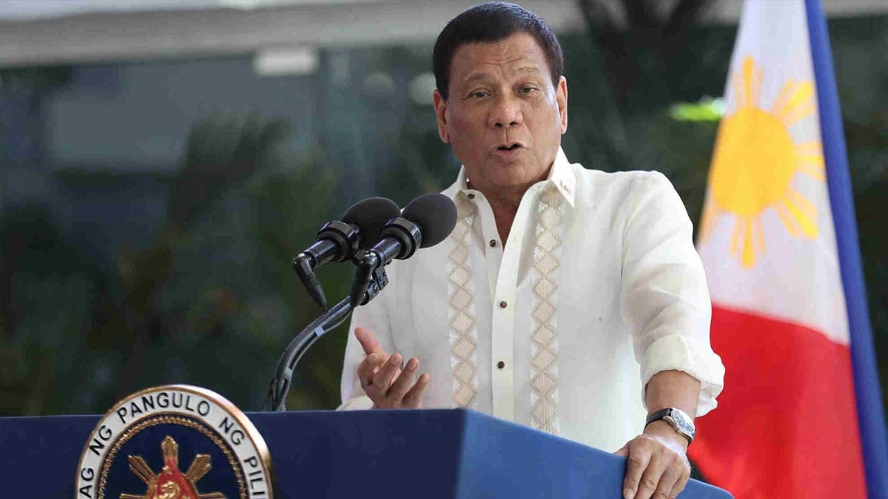 Philippines' Duterte lauds China's efforts in fighting COVID-19