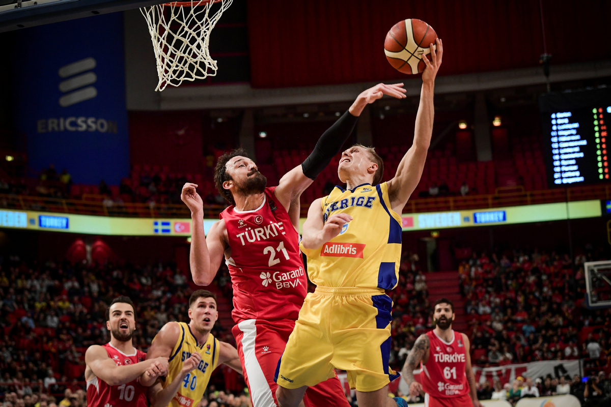 FIBA suspends all competitions amid coronavirus spread