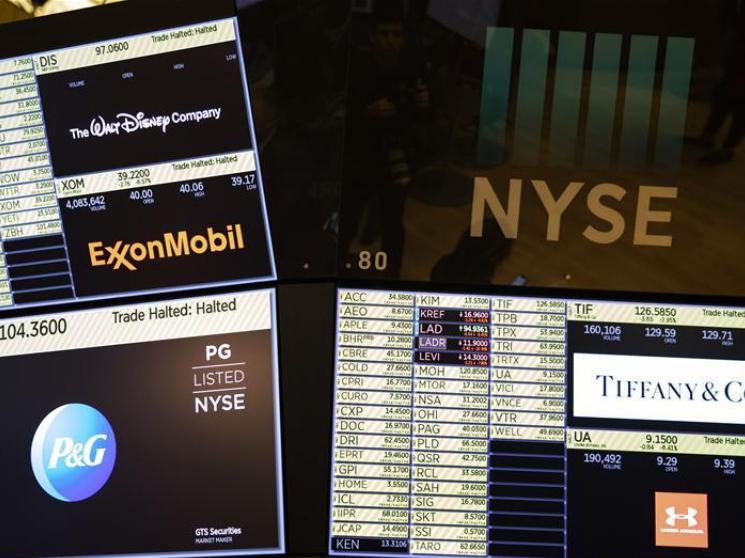 Wall Street suffers worst day since 1987 crash
