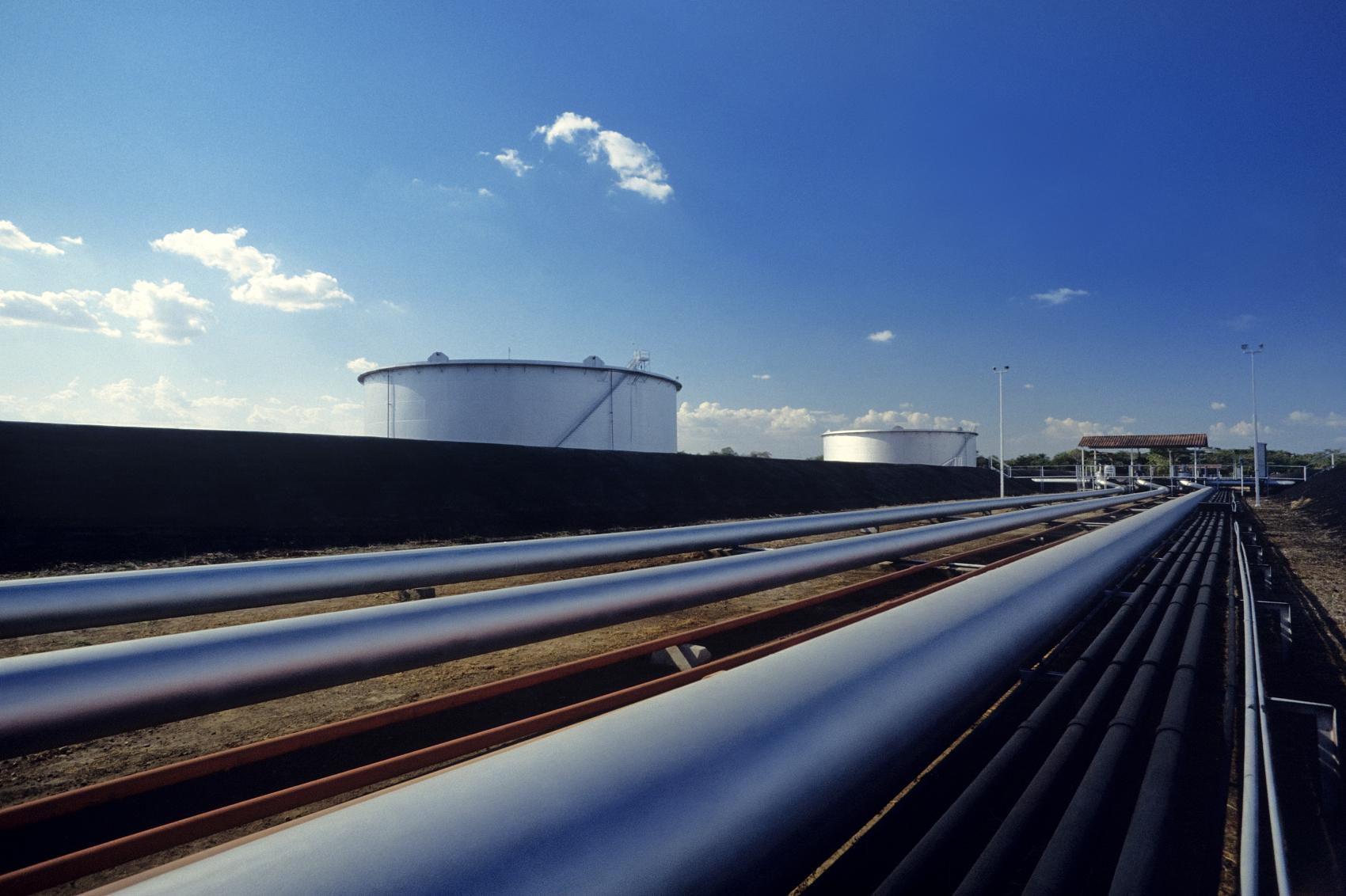 Unidentified people attack Iraqi oil pipeline in North Lebanon