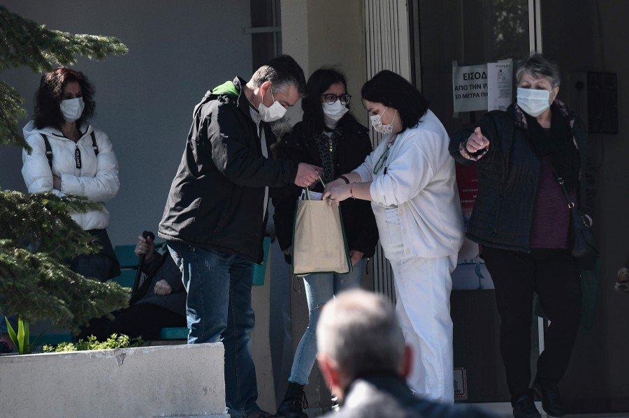 Coronavirus death toll in Greece rises to three