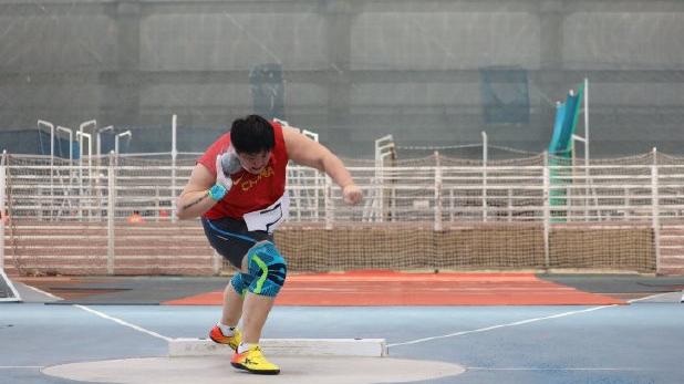 Gong Lijiao makes 2020 debut by throwing world-leading 19.70m