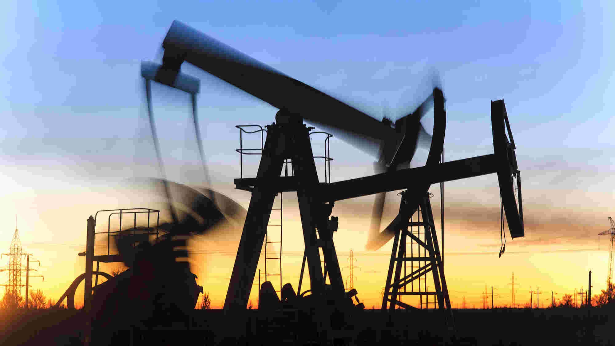 Oil rebounds from four-year lows