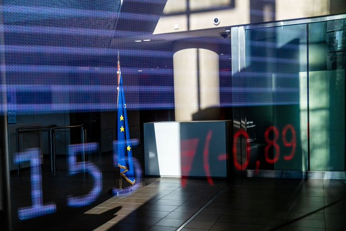 European stocks mostly rebound in early deals
