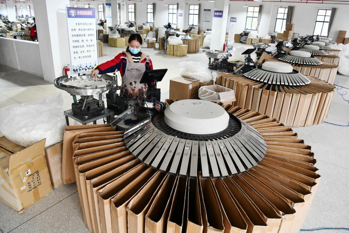 China's economy gradually returning back to normal