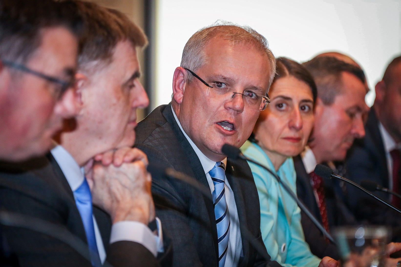 Australia bans non-residents from arrival: PM