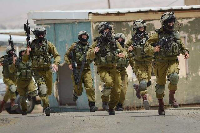 Israel tightens ban on foreign entries