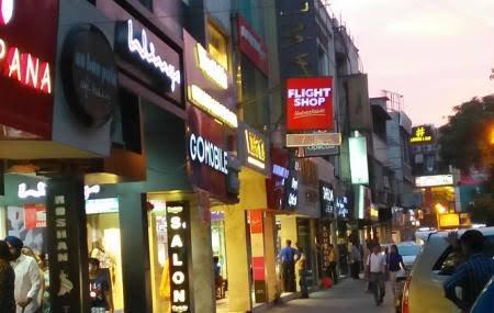 Delhi gov't shuts all schools, restaurants amid COVID-19 scare