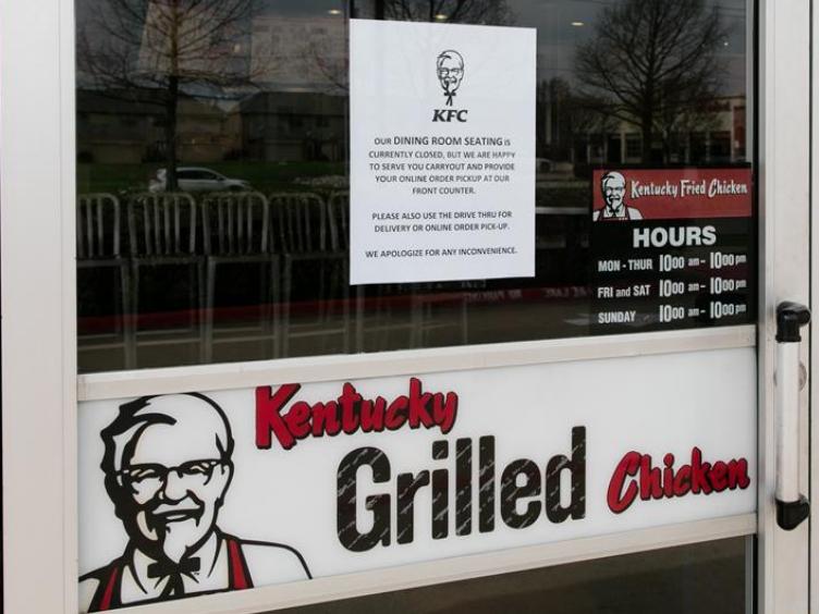 US Texas governor announces statewide school, restaurant shutdown