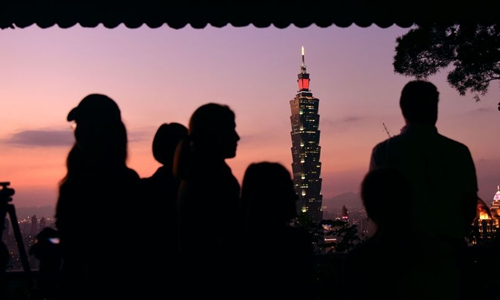 Taiwan facing risk of infection wave due to flawed control effort: experts