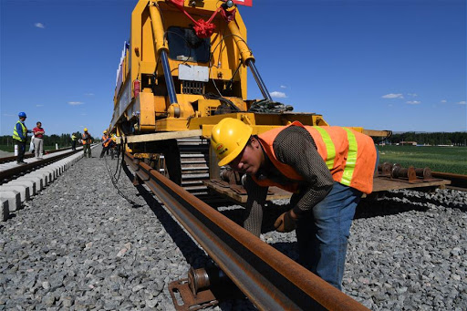 China sees a series of infrastructure projects resume work