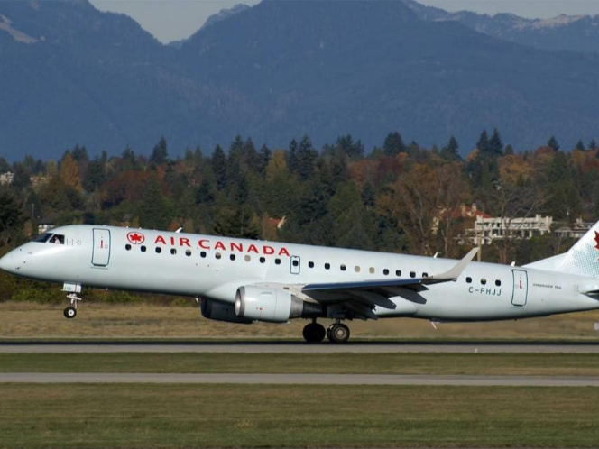 Air Canada to lay off more than 5,000 flight attendants: union