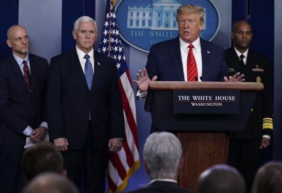 trump white house (ap).jpg