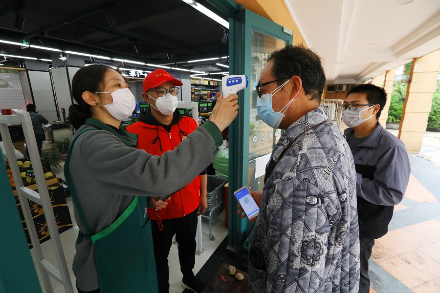 Most regions of China at low-risk of COVID-19: official