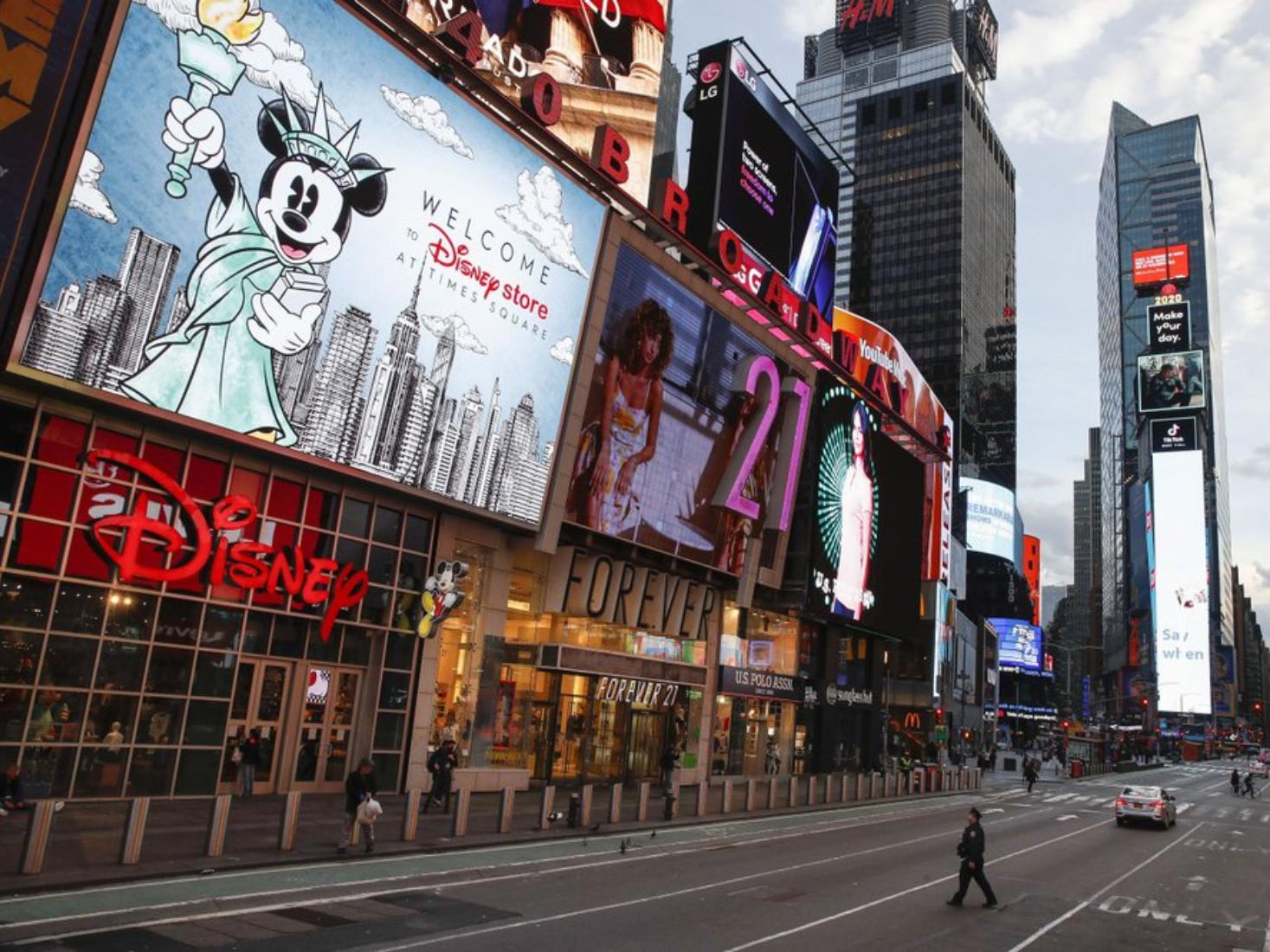 City sleeps: A look at empty NYC streets amid the virus