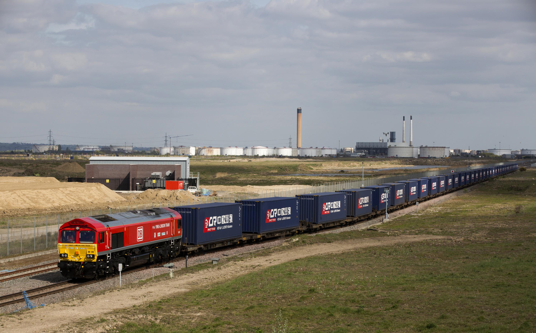 UK government takes over railways in virus outbreak