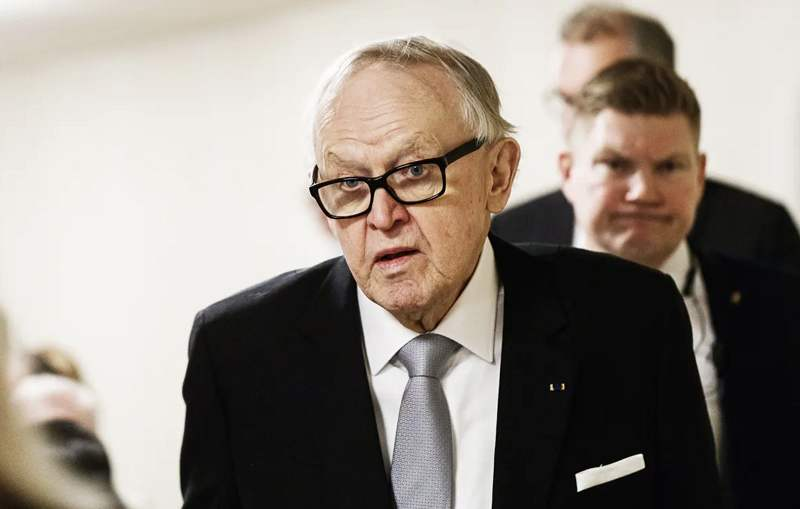 Finland's former president couple diagnosed with COVID-19