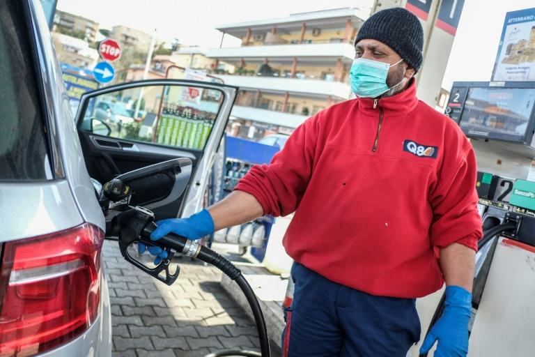 Oil prices volatile as virus saps demand
