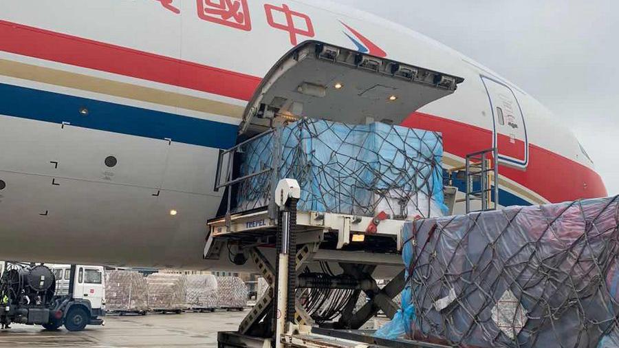 Xinjiang donates 380,000 masks to 8 countries