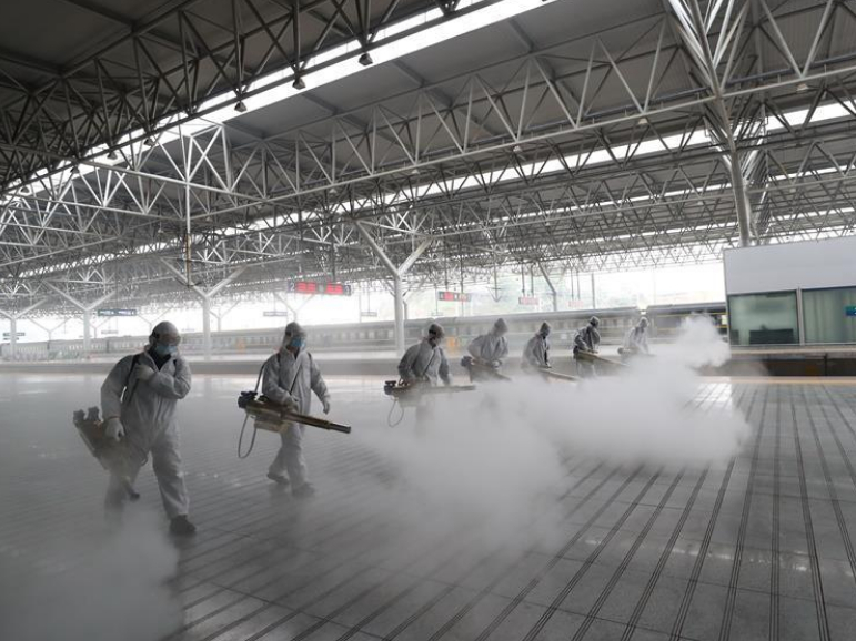 Comprehensive disinfection conducted at railway stations in Hubei